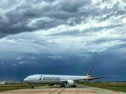 travel image of plane